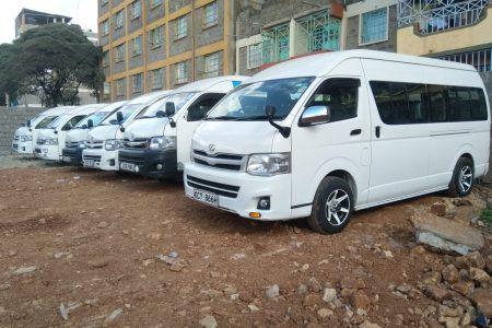 10 seater vans