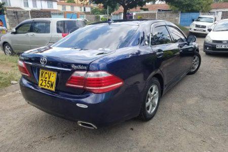 Toyota crown for car hire JKIA Nairobi
